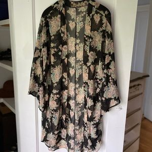 Honey Punch Floral Sheer Kimono